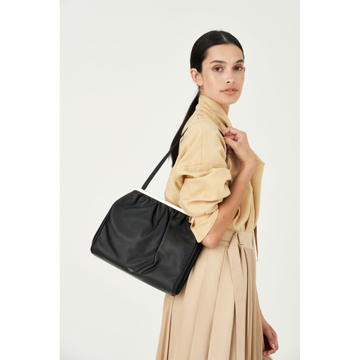 Oroton Celia Day Clutch in Black and Nappa Leather for female