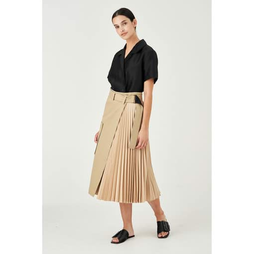 Oroton Colour Blocked Asymmetric Pleat Skirt in Tobacco and Main: 100% Cotton, Pleating: 100% Polyester for female