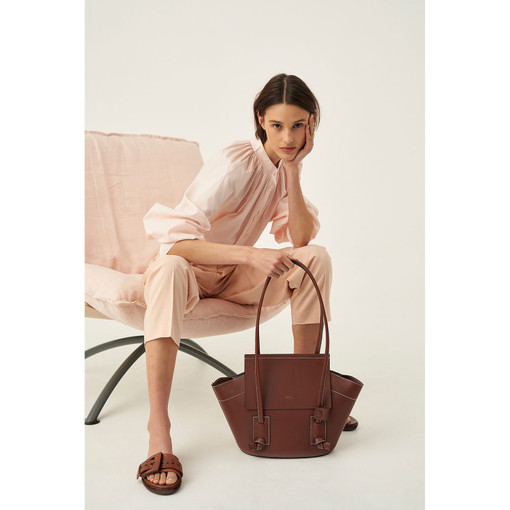 Oroton Klara Medium Tote in Nutmeg and Smooth Leather for female