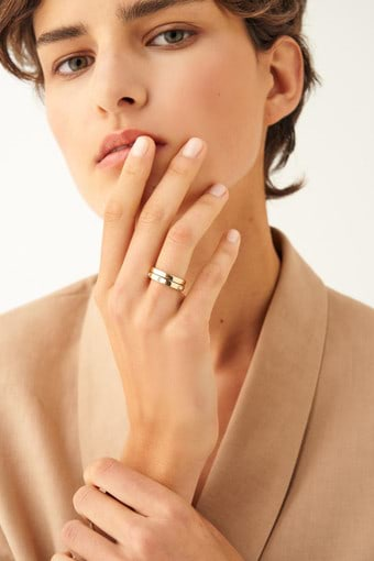 Oroton Peta Ring Set in Gold/Clear and Brass Based Metal With Precious Metal Plating/Crystal for female