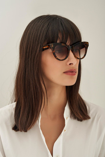 Oroton Riley Sunglasses in Signature Tort and Acetate for female