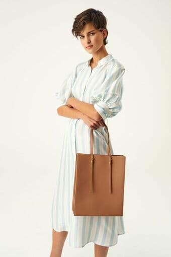 Oroton Alexis Tote in Cedar Wood and Smooth Leather for female